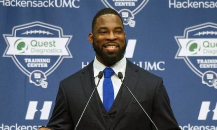 """The Wharton School of the University of Pennsylvania Graduate, Former NFL New York Giants And Oakland Raiders Star, """"Justin Lee Tuck"""",  Will Begin A Career At Goldman Sachs As A """"Vice President In The Private Wealth Management Division"""""""