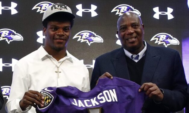 """LAMAR JACKSON SAY'S, NO AGENT, NO PROBLEM. I PLAY FOR PAY, AND I LIKE 100% OF MY EARNINGS, PLUS BENEFITS, """"SMART MAN"""".  GUESS WHAT HAPPENS WITH OUT AN AGENT?  NO LEAKS, NO WORRIES, JUST RESULTS"""
