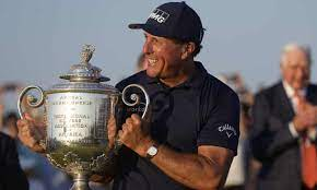 Phil Mickelson wins PGA Championship, becomes oldest major champion